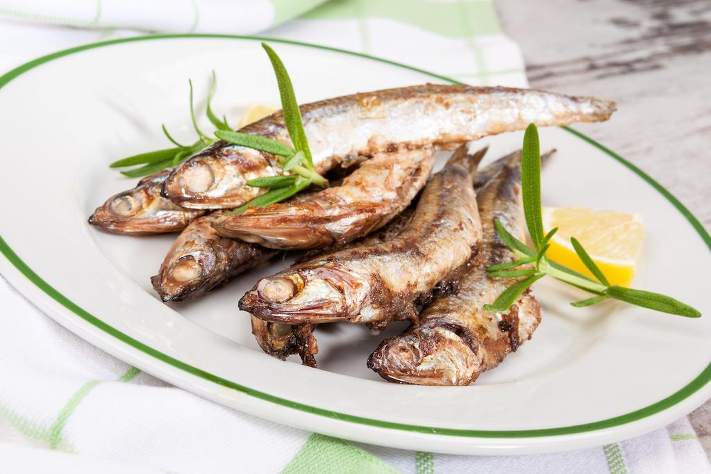 Sardinas a la plancha, típicas en los restaurantes en verano