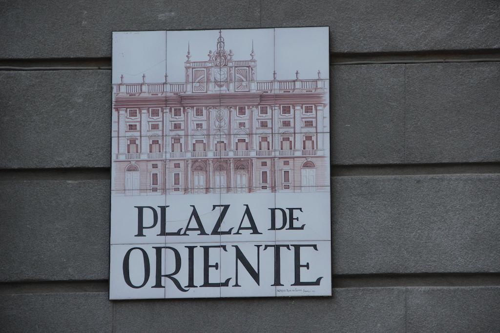 Cartel de la Plaza de Oriente
